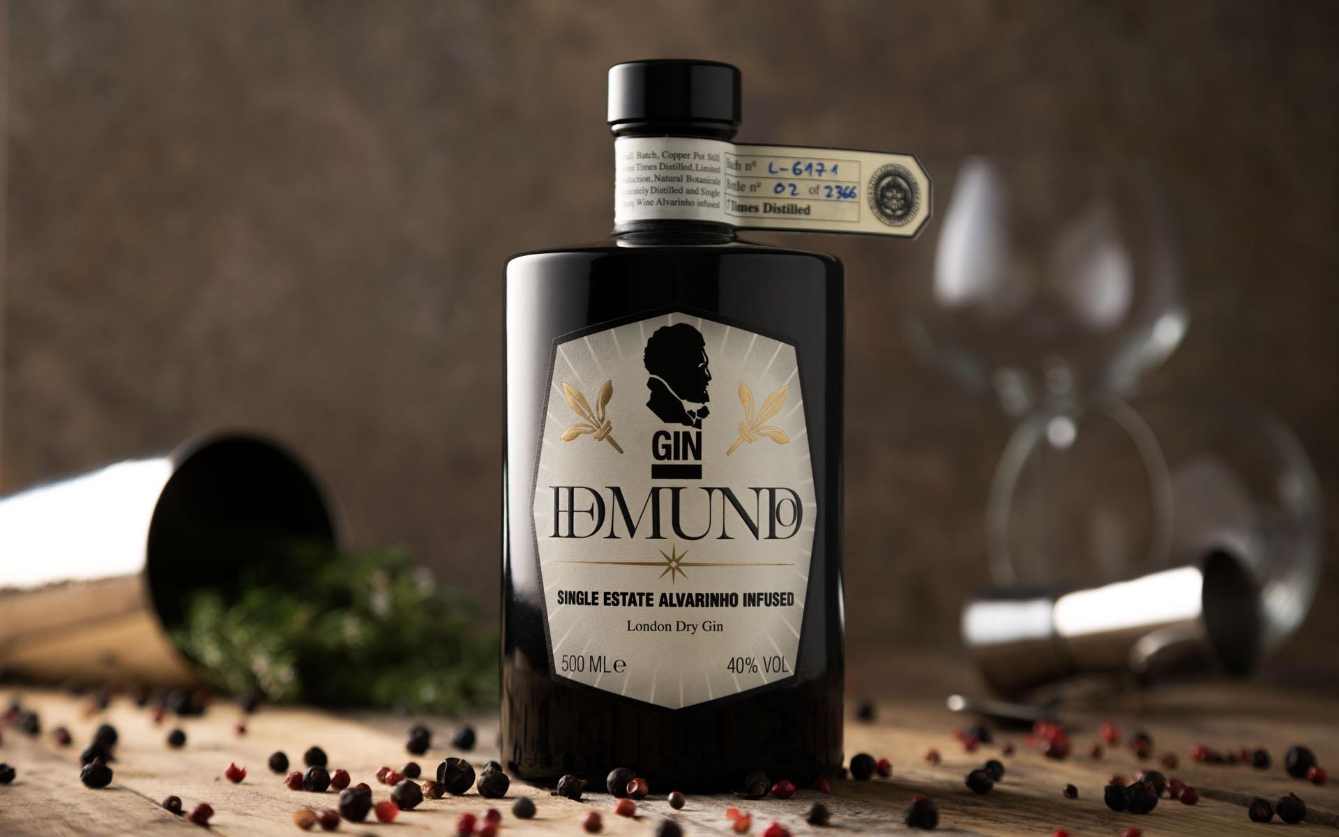 o primeiro gin elaborado com Alvarinho Reserva