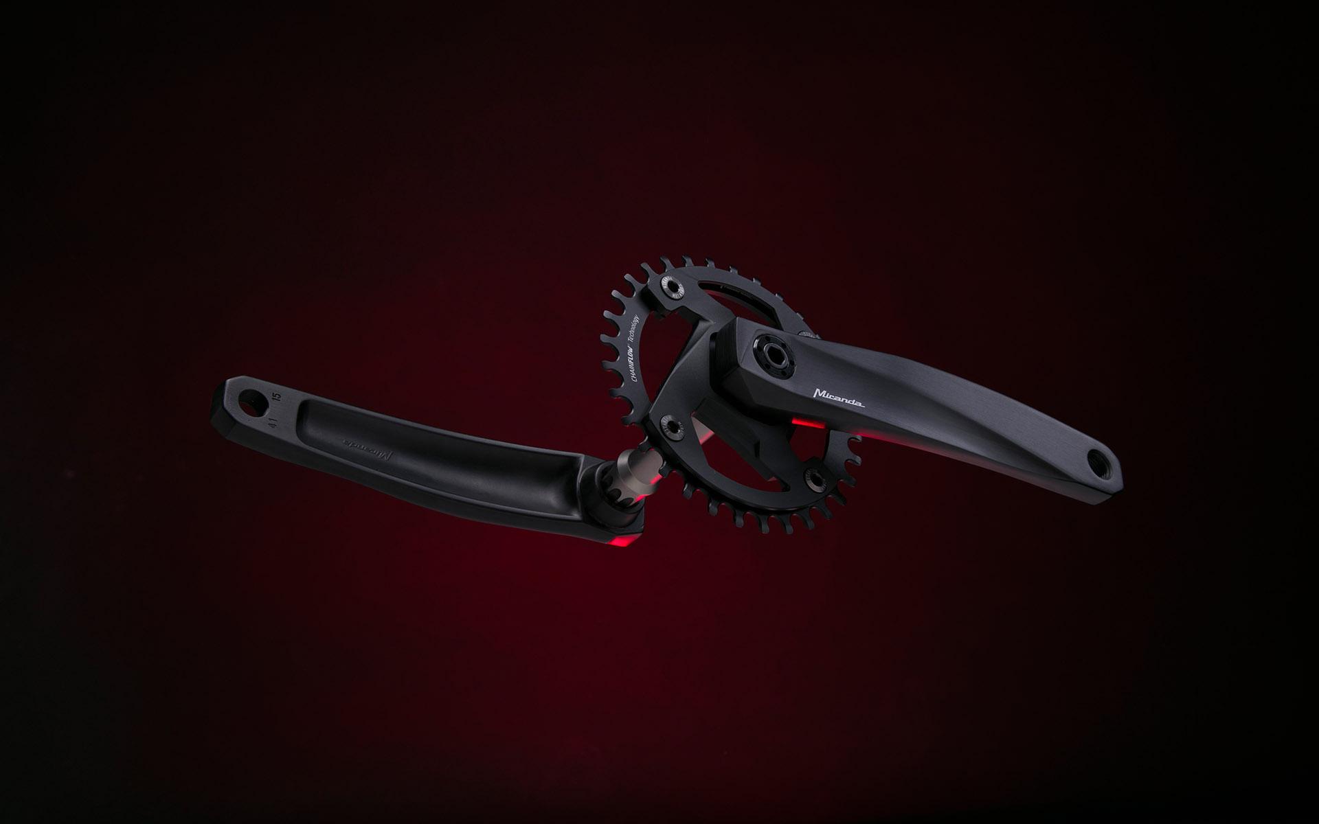 <p>modelação 3D e packaging exclusivo para a primeira pedaleira modular</p>